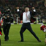 Sunderland đào thoát ngoạn mục, Newcastle rớt hạng