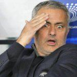 Mourinho đối diện trát sa thải nếu thua Liverpool