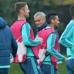 Mourinho bác tin đồn bị lật ghế ở Chelsea