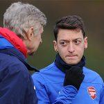 Rộ tin đồn Ozil sẽ ra đi nếu Wenger ở lại Arsenal