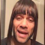 Dani Alves giả gái, an ủi CĐV sau thất bại ở Champions League
