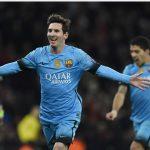 Messi lần đầu trong sự nghiệp chọc thủng lưới Petr Cech