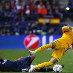 'Cỗ máy' MSN vỡ vụn, Barca thành cựu vương Champions League