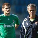 Mourinho đá xoáy Casillas sau khi Chelsea loại Porto