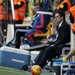 Gary Neville nối dài chuỗi ngày kém vui với Valencia