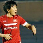 HLV Miura nổi nóng vì cầu thủ U23 phạm lỗi nguy hiểm với nhau