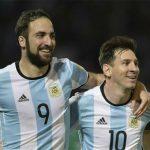 Messi ghi bàn quốc tế thứ 50, Argentina nhảy vọt trên bảng vòng loại