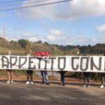CĐV AS Roma dùng 50 kg cà rốt để mỉa mai đội bóng