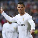 Ronaldo chỉ theo dõi bốn đồng đội trên Twitter