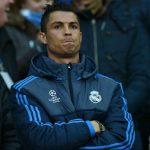 Ronaldo có nguy cơ nghỉ đá dài hạn vì chấn thương diễn biến xấu