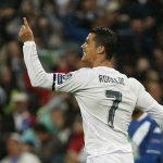 Ronaldo lập hat-trick, Real ngược dòng vào bán kết