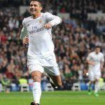 Ronaldo đi vào lịch sử La Liga với tám bàn vào lưới Espanyol