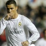 Ronaldo ghi bàn trở lại, Real gượng dậy thành công
