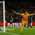 Suarez lập cú đúp, Barca ngược dòng đánh bại Atletico