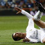 Ronaldo đối diện nguy cơ chấn thương vì ham ghi bàn đẹp mắt