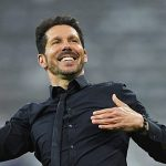 Simeone chia sẻ cảnh Atletico vui mừng với con trai qua cuộc gọi video