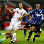 Inter thảm bại trước Fiorentina, mất ngôi đầu Serie A