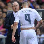 Benzema bất mãn với Benitez khi bị rút khỏi sân