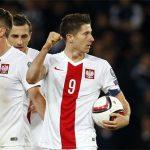 Lewandowski ghi bàn thứ 14 trong năm trận, lập đại công ở vòng loại Euro
